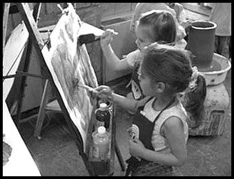 aula de artes criança